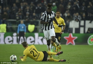 260DA29400000578-0-Pogba_skips_past_Borussia_Dortmund_s_Oliver_Kirch_in_the_Champio-a-24_1424949007170