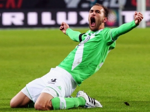 bas-dost_14229570551285612451
