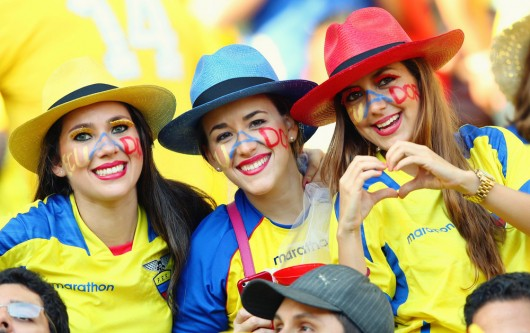ecuadorian-girls_world-cup-2014-530x333
