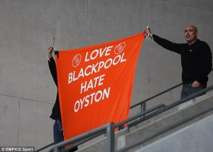 1414267925107_wps_21_Blackpool_s_fans_in_the_s