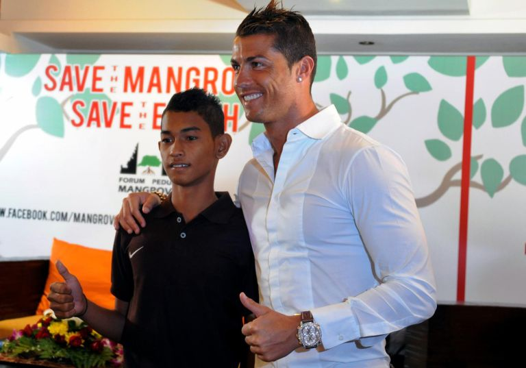 indonesia-environment-poeple-ronaldo1