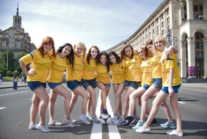 ukraine-football-girls_02