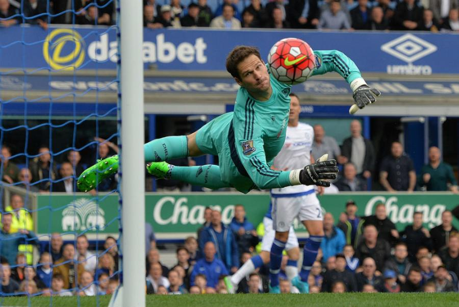 begovic-chelsea-everton-epa-main