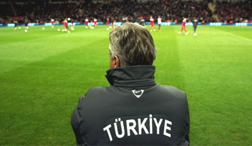 hiddink_milli_istifa